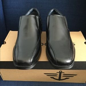 Dockers Medium Franchise 2.0 Slip On Black Loafers